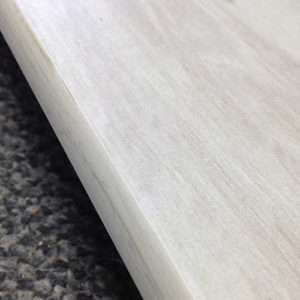 Image of wood look glazing on a wood look plank tile