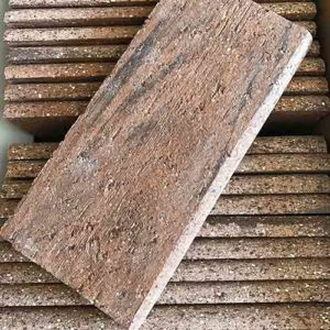 Image of brick bullnose pieces
